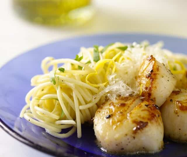 NIH NHLBI Deliciously Healthy Dinners Scallops with Pasta