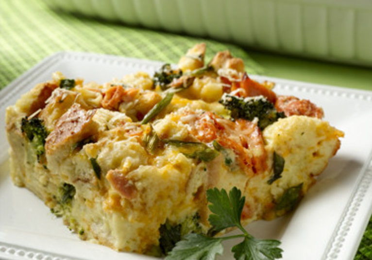 Alaska Salmon Broccoli Cheddar Brunch Bake